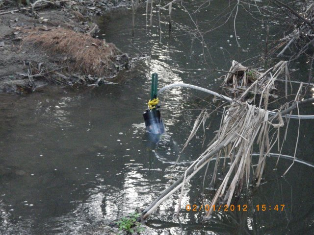 Close-up of EPA's water quality sampler probe in Permanente Creek | Click to enlarge