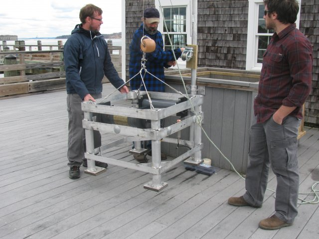 Scientists deploy a device to monitor long-term pH trends in coastal waters