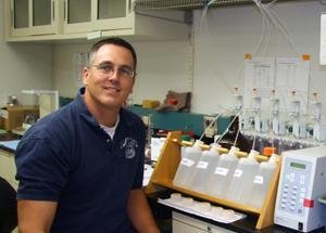 EPA Chemist Mark Strynar, Ph.D., in the lab.