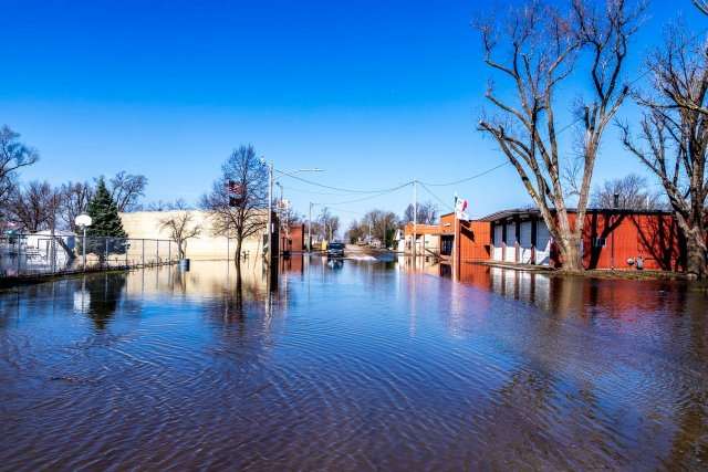 image of floodwaters in Pacific Junction, Iowa