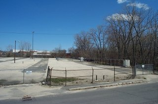 Lyman Street Parking Lot, Covering Former Oxbow D - Showing Oil Recovery System
