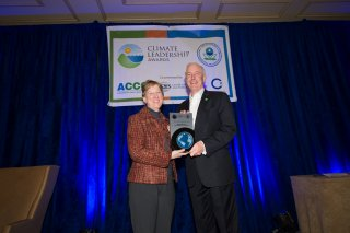 Beth Craig, US EPA, with Mayor Bill Finch, City of Bridgeport, Connecticut