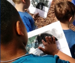 Students trace their watershed using an image from the EnviroAtlas Raindrop Tool