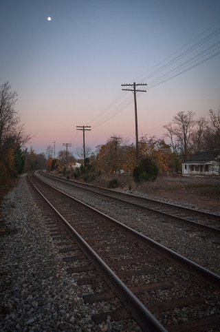 image of train tracks